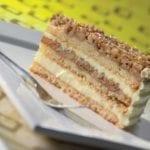 Ořechový dort řez
